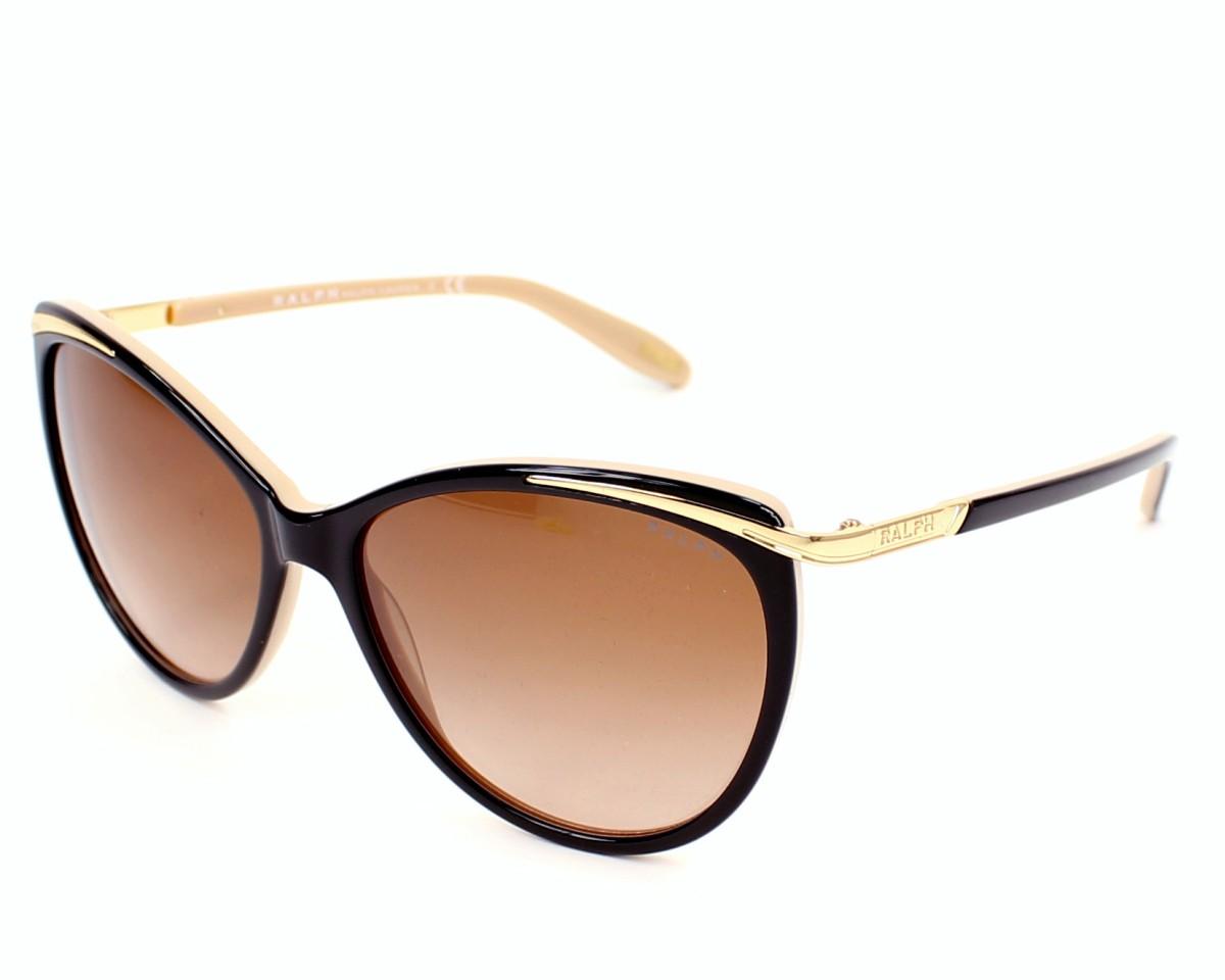 lunettes prot ger mon b b des effets du soleil. Black Bedroom Furniture Sets. Home Design Ideas