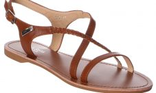 Sandales plates : vous êtes au frais, et totalement confortable dans vos chaussures