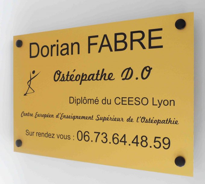 Plaque professionnelle : Des panoplies d'options