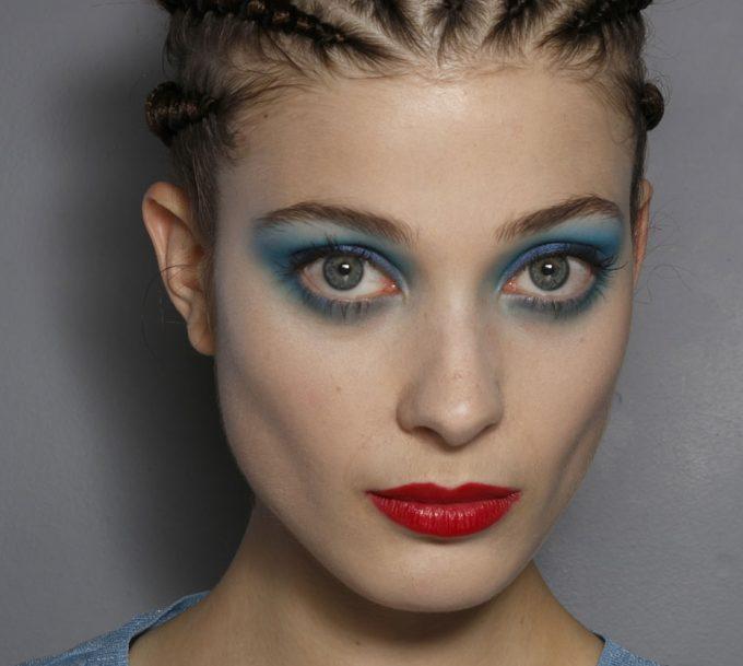 Tresse africaine : un tutoriel beauté facile et rapide pour réaliser cette coiffure