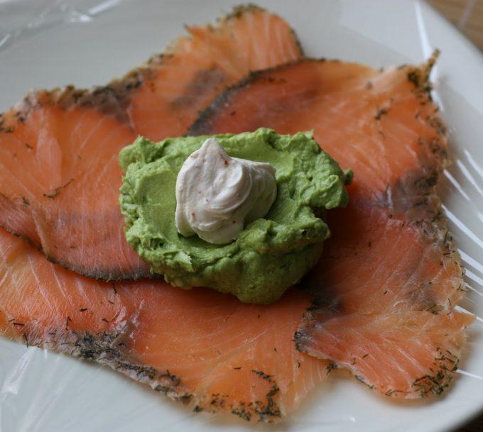 Comment présenter une assiette de saumon fumé ?
